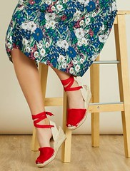 sandales-compensees-en-suedine-rouge-femme-wi089_2_frf1