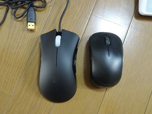 左手用マウスRazer DeathAdder 3500 Leftは左利きのボタンになってる