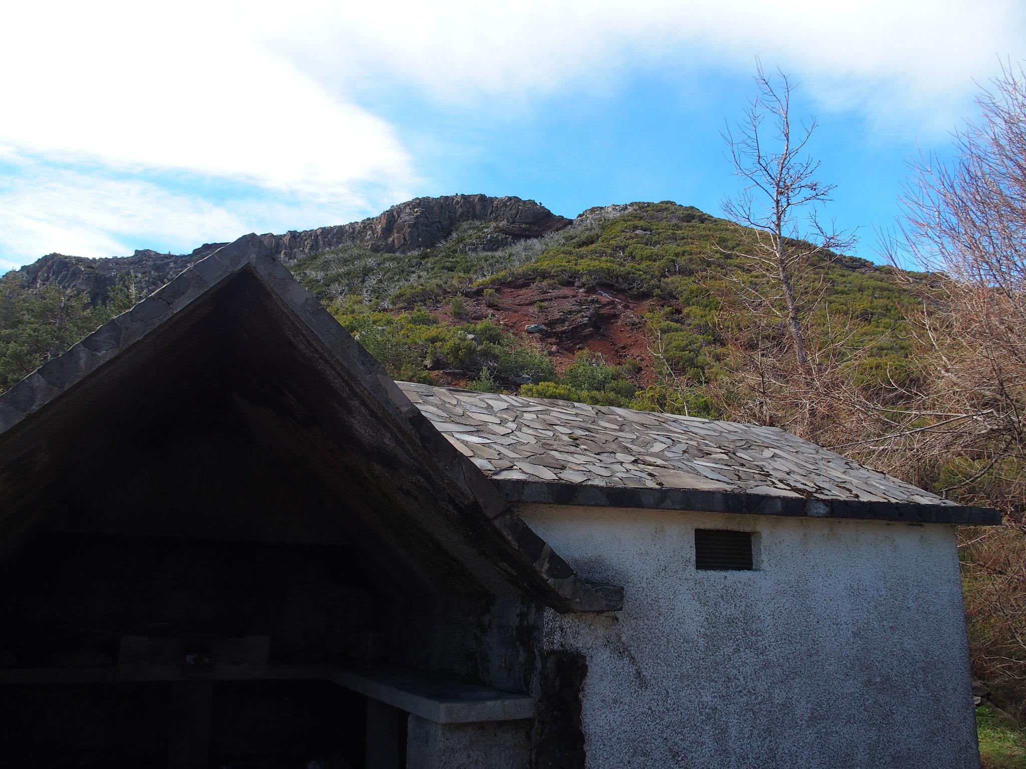 Vy från pico Ruivo 1861 m