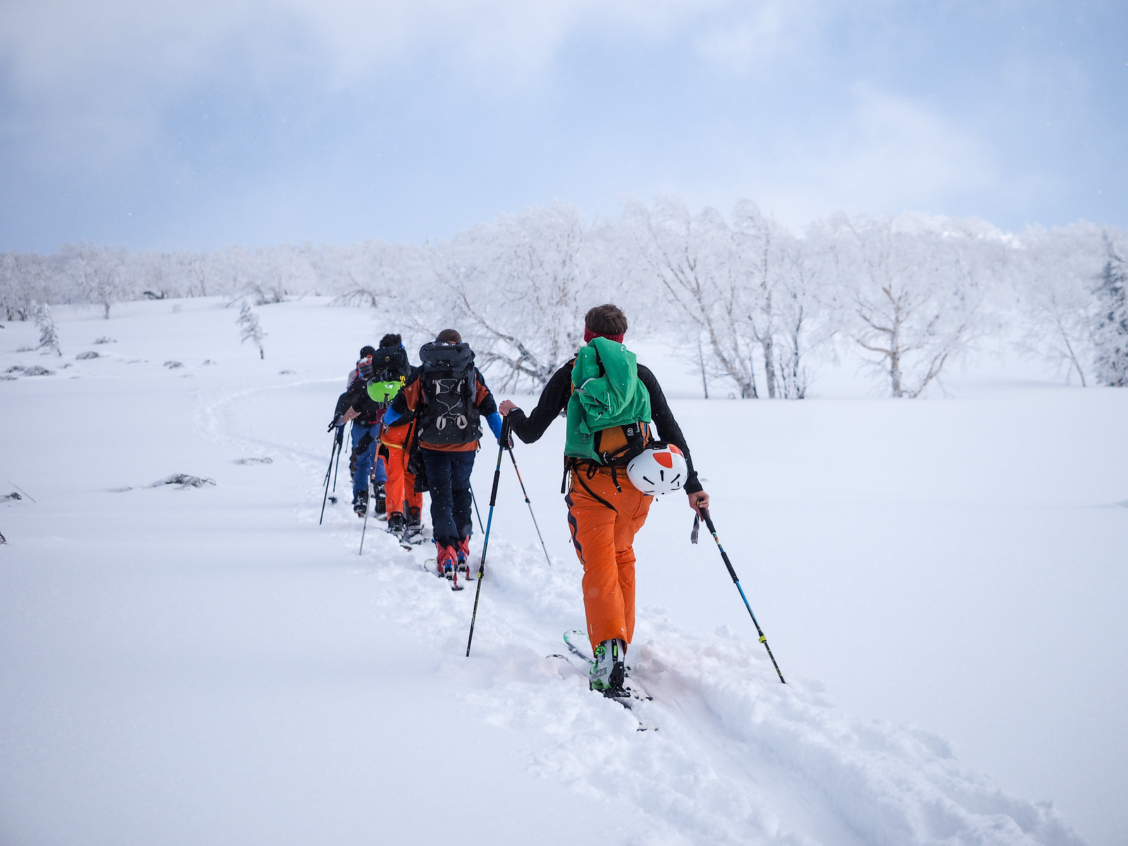 Mt. Sapporo Hiyamizu Hut ski touring (Hokkaido, Japan)