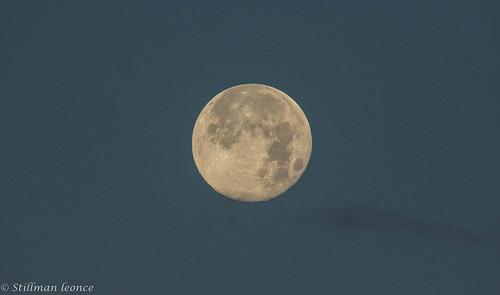 france paysage continentsetpays nature lune ciel europe departementsdoutremer guadeloupe antilles dom fr fra montagne moon sky verdure vert cloud clouds cloudy landscape
