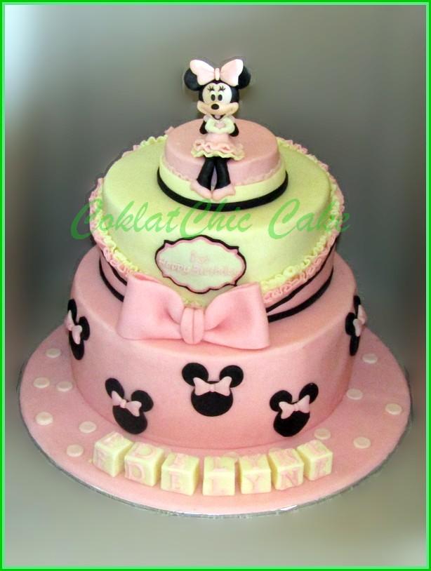 Cake Minnie Mouse EDELYNE 20 cm dan 15 cm