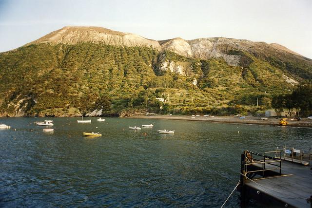 Vulcano harbour