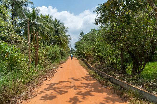 Backroad in Anuradhapura