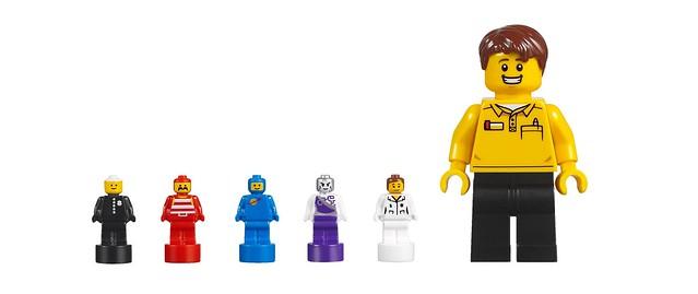 5005358 LEGO Minifigure Factory 3