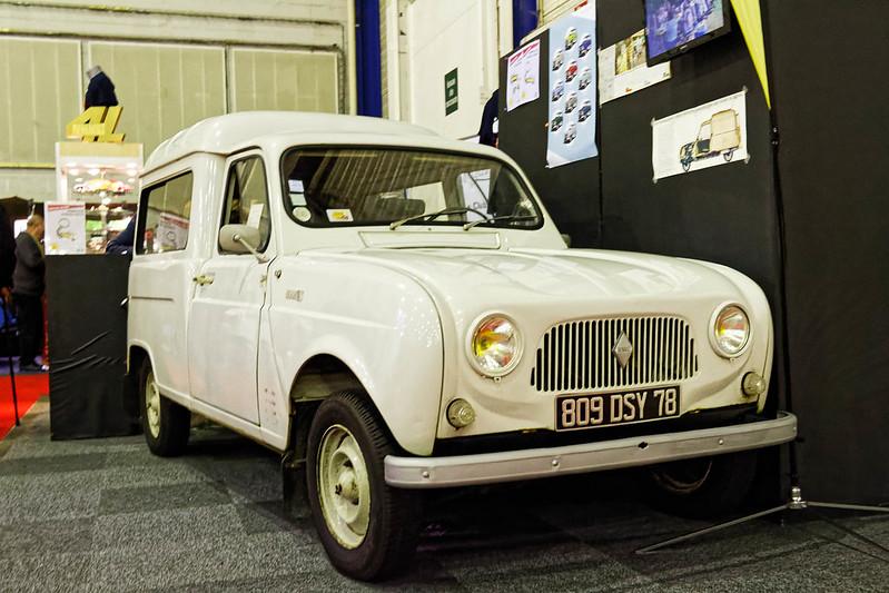 Les Renault du 31 ème Salon du Véhicule Champenois à Reims !  40294130524_9b27b372b1_c