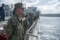 Personnel aboard USNS Brunswick (T-EPF 6) man the rails while arriving in Palau for Pacific Partnership, April 3. (U.S Navy/MCSN Caledon Rabbipal)