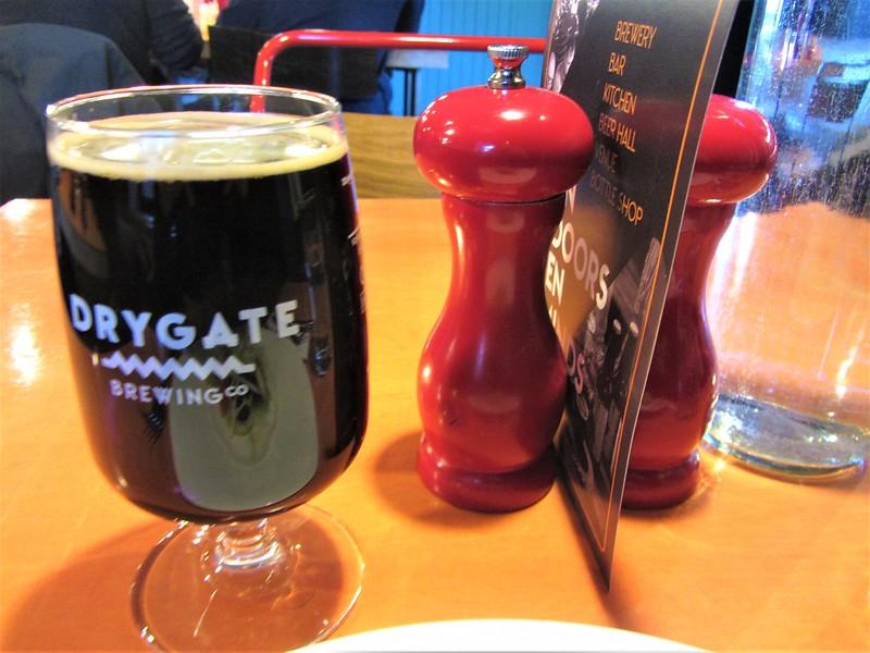 glasgow-ecosse-drygate-brewing-brasserie-bière-artisanale-orinoco-stout-thecityandbeauty.wordpress.com-blog-voyage-IMG_0211 (2)