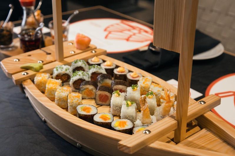 Sushi Taster Boat1