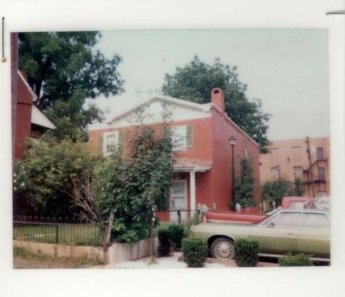 211 South Loudoun Street