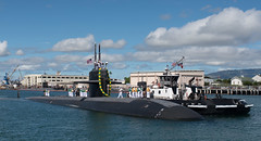 USS Bremerton (SSN 698) approaches the pier at Joint Base Pearl Harbor-Hickam, April 6. (U.S Navy/MC1 Daniel Hinton)