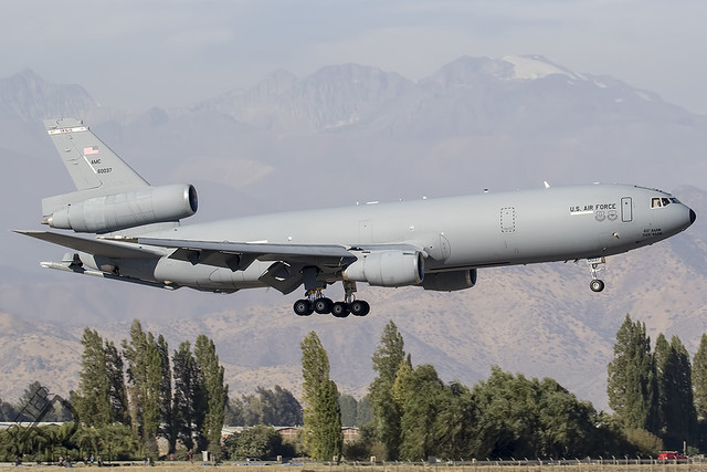 86-0037 / United States Air Force / McDonnell Douglas KC-10A Extender