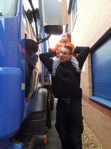 Inspecting bin lorry