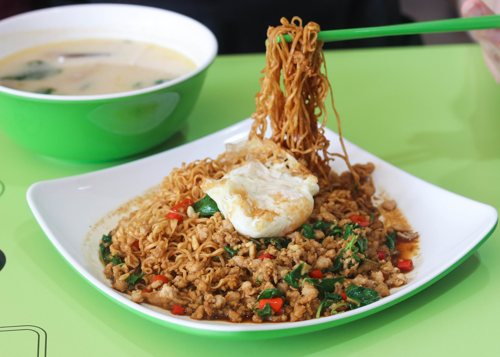 amoy street food centre sap thai food_-3
