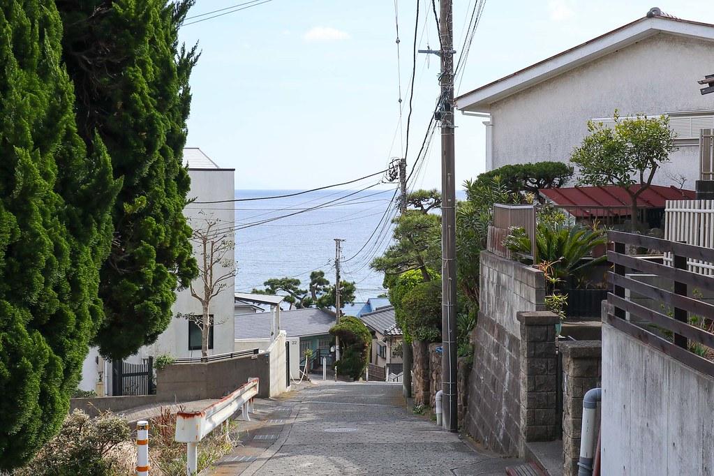 鎌倉の土地:こみちから見える海の見え感がいい!