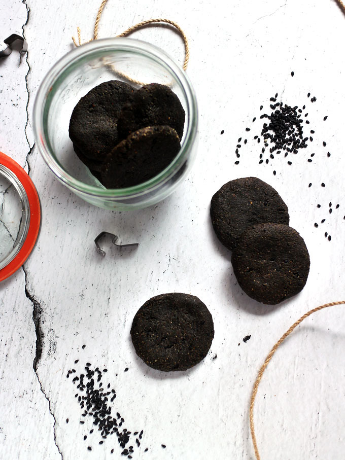 全素黑芝麻餅乾 vegan-black-tahini-cookies (1)