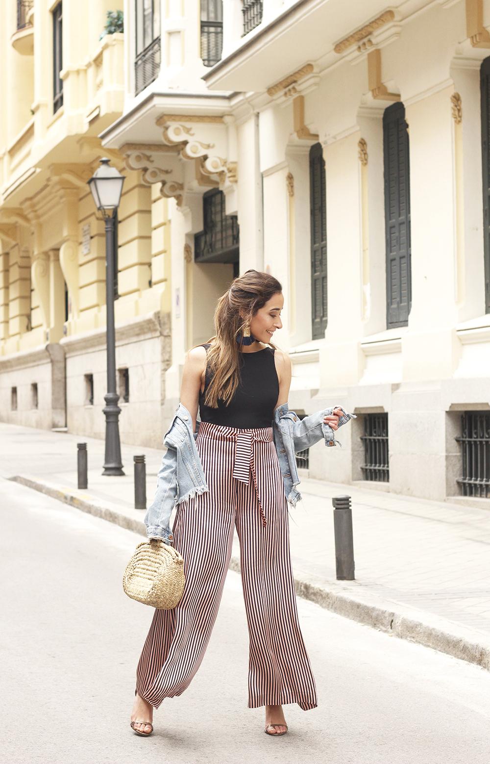 striped palazzo trousers uterqüe zara bodysuit denim jacket spring outfit 201801