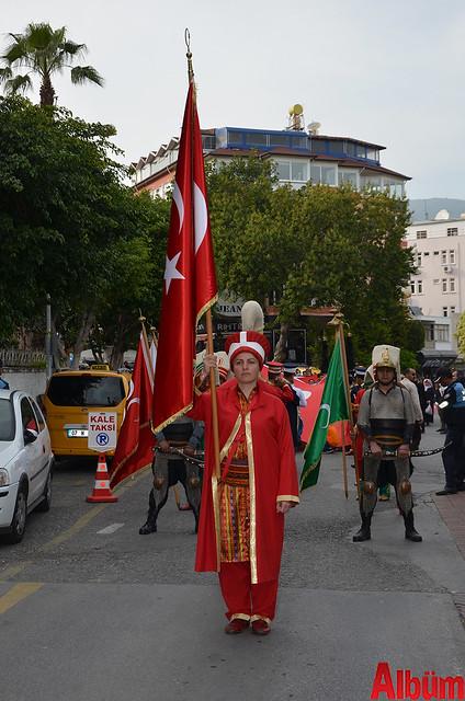 Türk Eğitim Sen Alanya Temsilciliği 18 Mart Çanakkale Zaferi Anısına Şehitlere Saygı Yürüyüşü -14