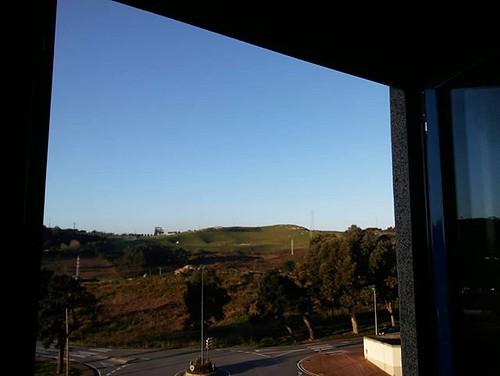 Así amanecemos en Coruña. Primera mañana de la primavera. #sol #windowphoto #spring #Coruña #phonephoto #nofilter