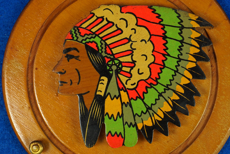 RD20612 Vintage Indian Chief Wall Hanging Wood Plaque Yakima, Wash. Souvenir DSC05094