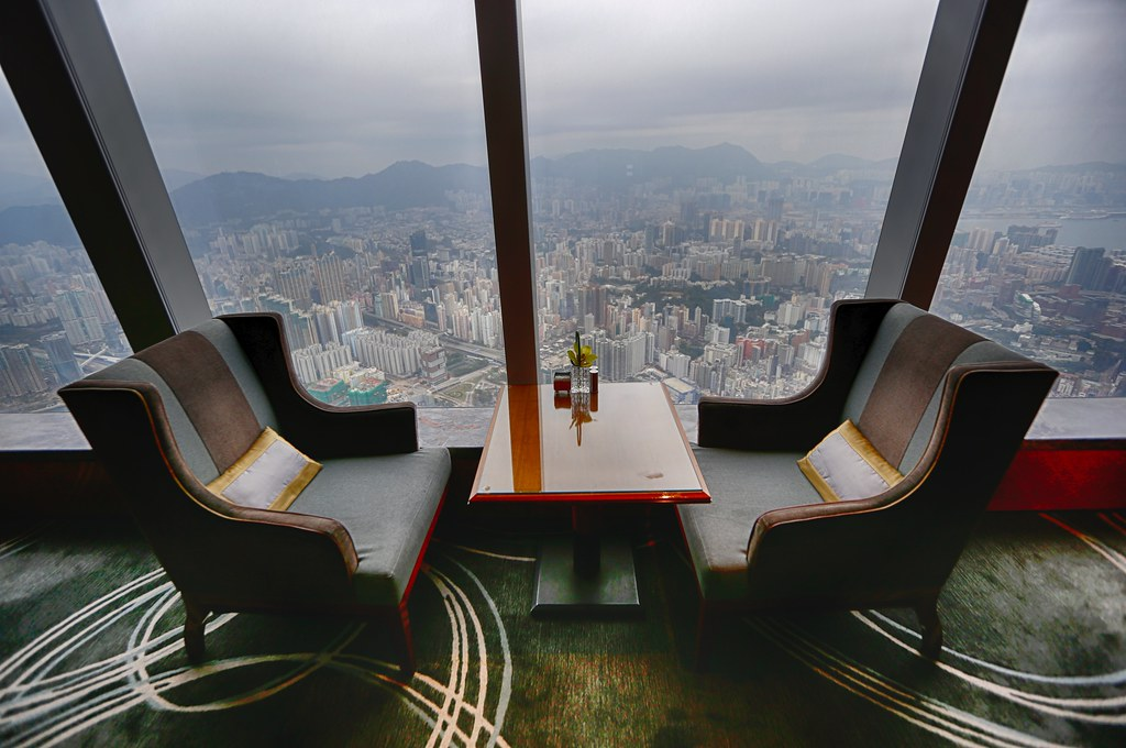 Ritz-Carlton Hong Kong Club Lounge 11