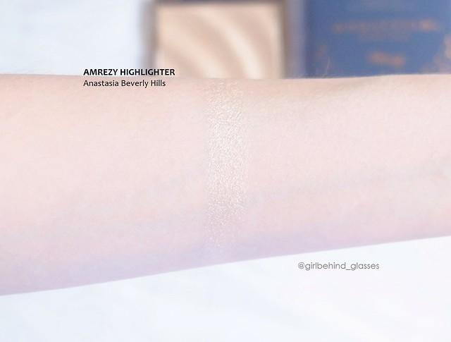 Anastasia Beverly Hills Amrezy Highlighter swatch2