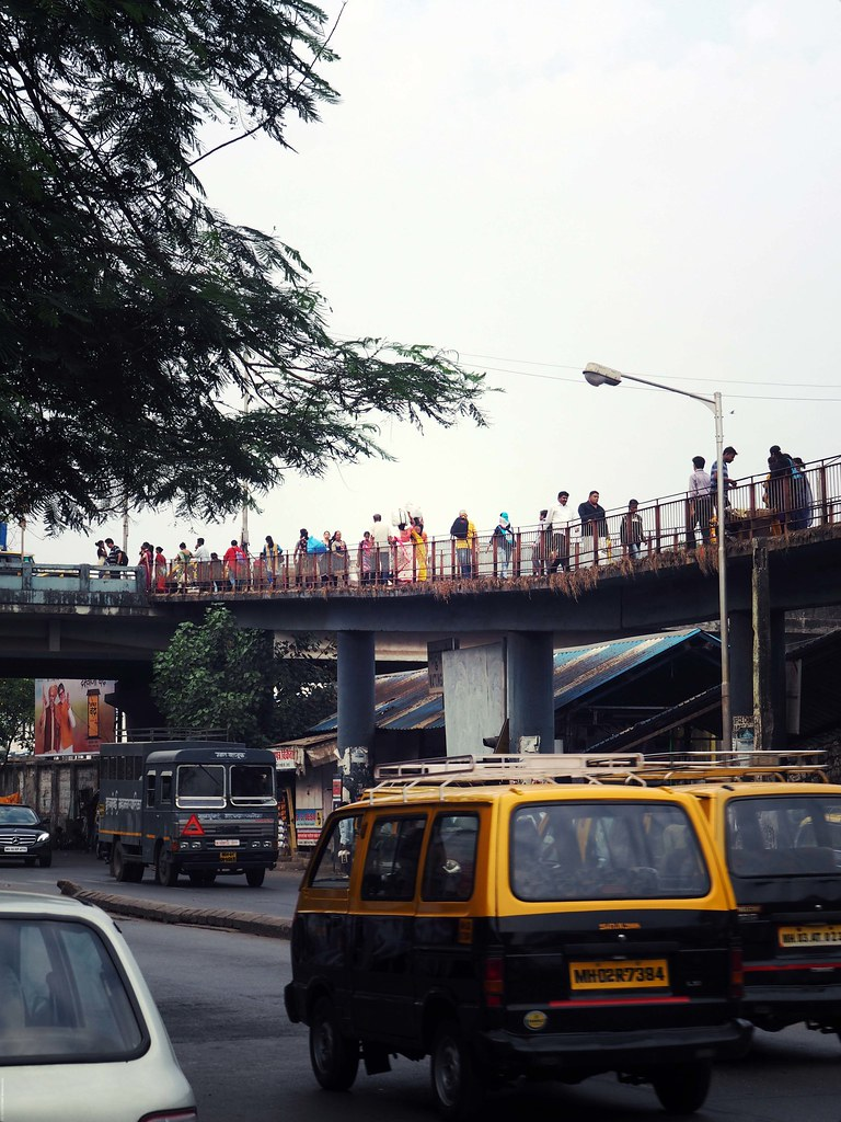 India Slums Bridge Mumbai_effected
