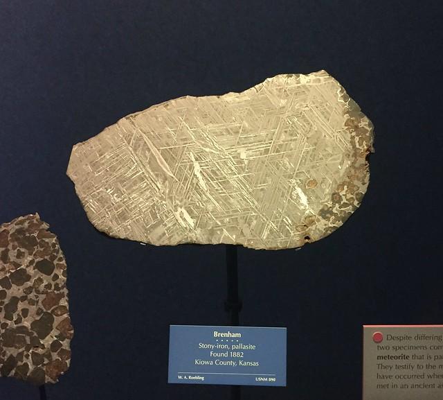 IMG_5696_Iron meteorite at Smithsonian