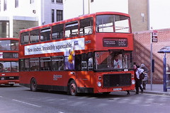 STRATHCLYDE'S BUSES A80 KGG140Y