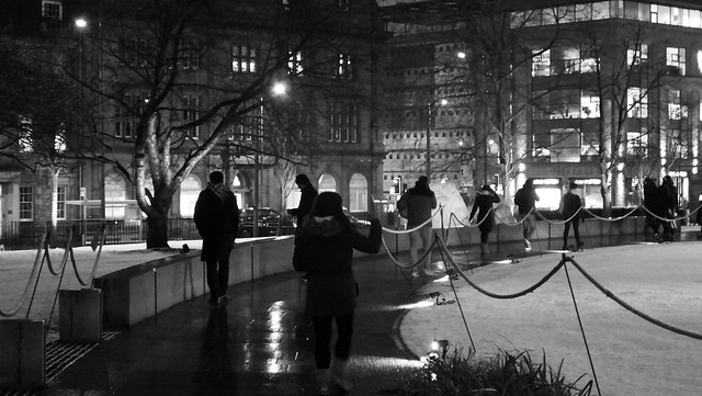Saint Andrew Square, winter night 04