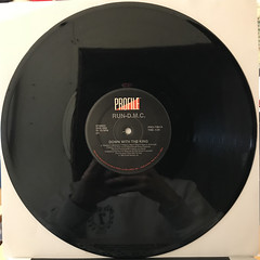 RUN DMC:DOWN WITH THE KING(RECORD SIDE-A)