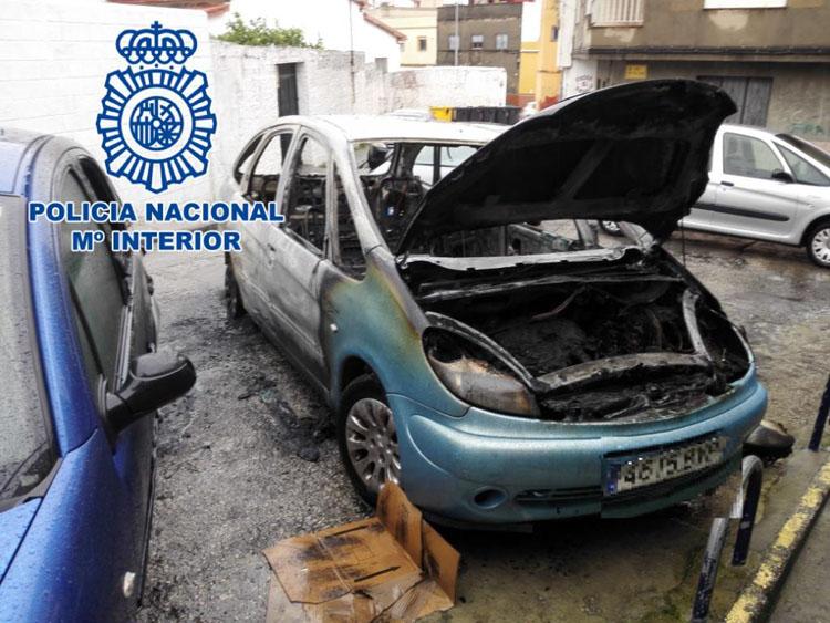 2018-03-15 Algeciras incendio de vehículo bajadilla (2)2
