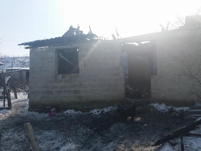 Incendiu în Hănăsenii Noi. 20 martie 2018