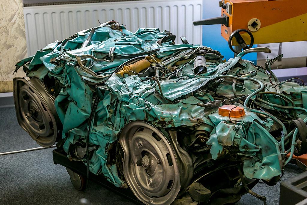На чём ездили в ГДР Германии, представлены, мопеды, Piccolo, «Трабантов», выпускался, кузов, освоили, очень, давно, раньше, Дрезденском, 601го, «Трабанта», мусора, сопутствующие, экспозиции, такие, немцы, «кубик»