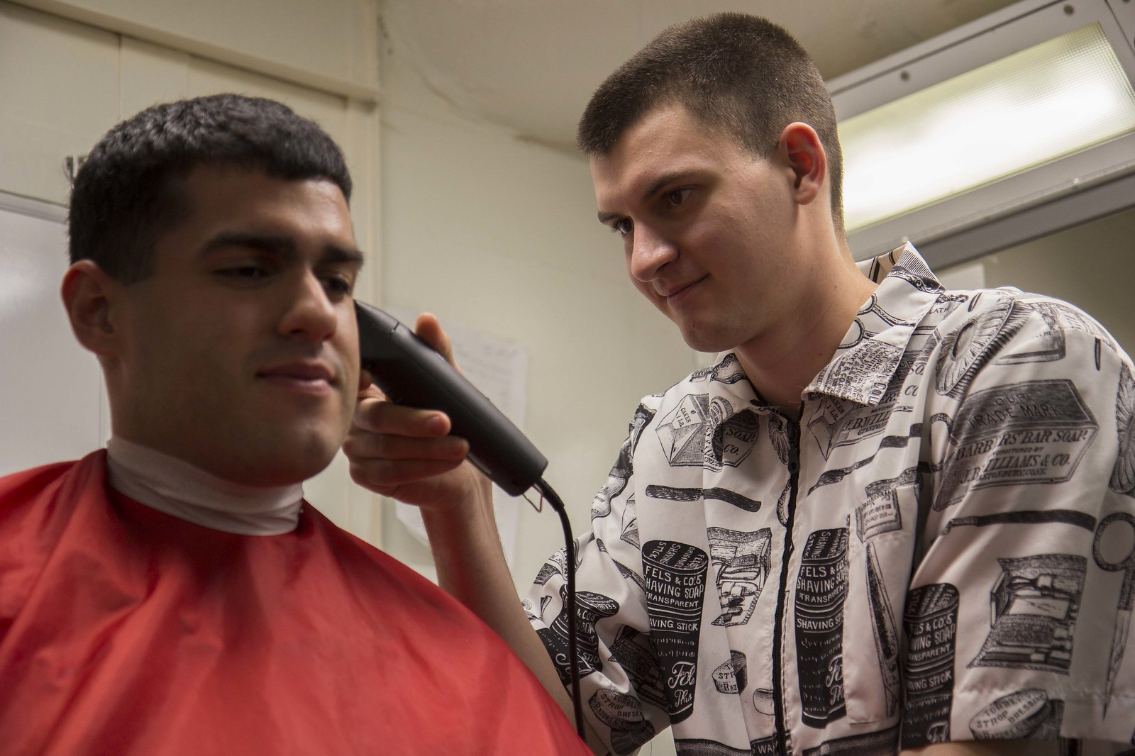 Marine Barbers Maintain Units Grooming Standards While Deployed