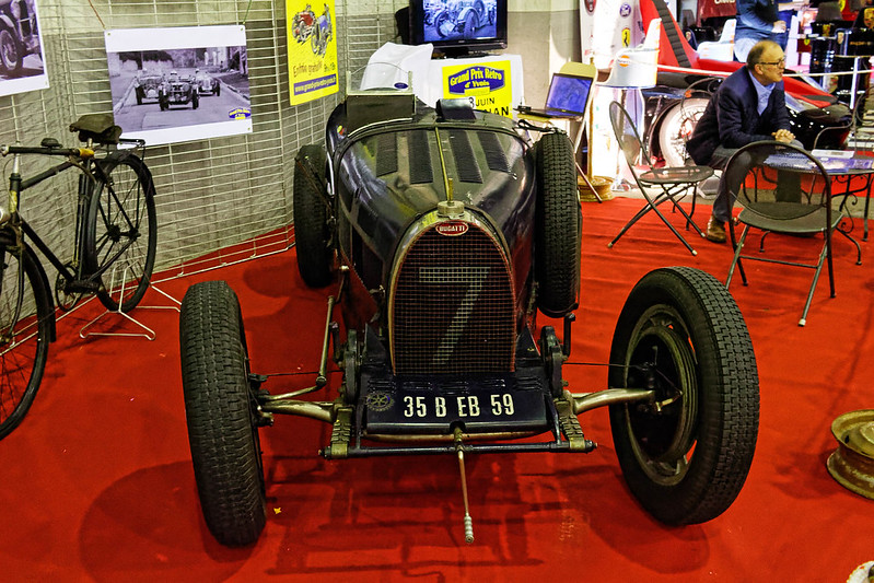 Les Renault du 31 ème Salon du Véhicule Champenois à Reims !  40294117444_b4ec6163f2_c
