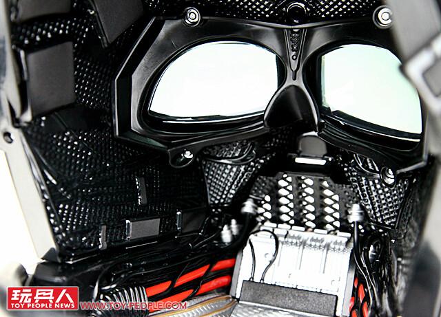 【得獎名單公佈!】震撼的星戰終極收藏正式發行!孩之寶黑標系列《星際大戰》【黑武士 達斯·維德1:1 豪華收藏頭盔】開箱報告