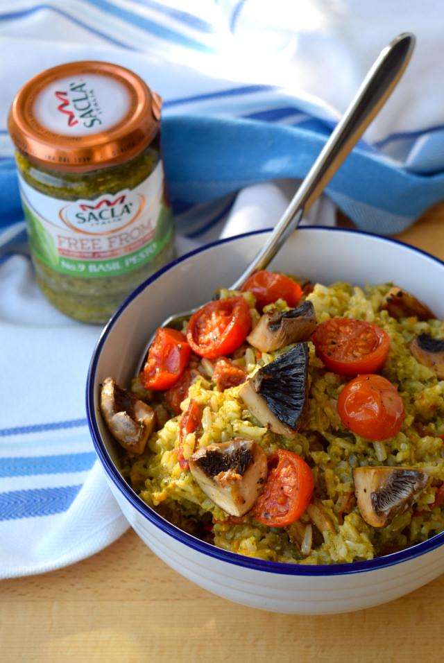 Roasted Tomato and Mushroom Pesto Rice #tomato #mushroom #pesto #rice #vegan #healthy