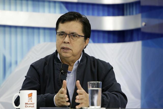 Secretario de Comunicaciones-Diáologo con Ernesto López.
