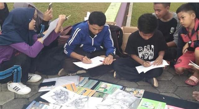 Relawan Menggambar