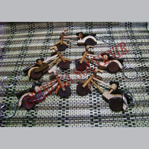 ganci miniatur sepeda