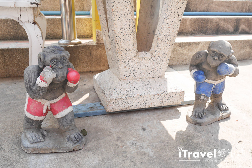 华欣景点推荐 考佬寺Wat Khao Takiap (11)