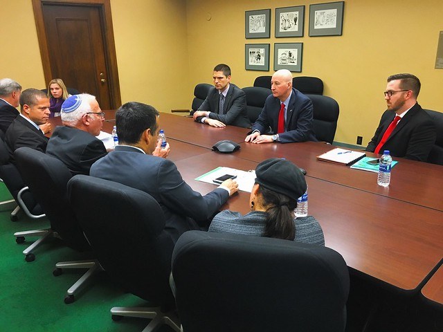 Gov. Ricketts Welcomes Israel's Minister of Agriculture to Nebraska