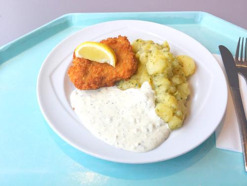 Baked coalfish with remoulade & homemade potato salad / Gebackener Seelachs mit Remoulade & hausgemachten Kartoffelsalat