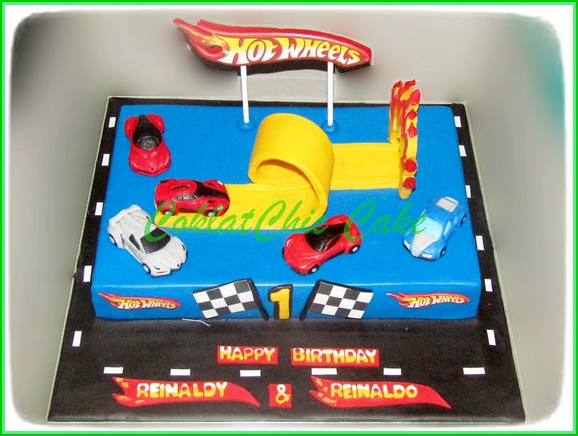 Cake HotWheels REINALDY REINALDO 20x30 cm