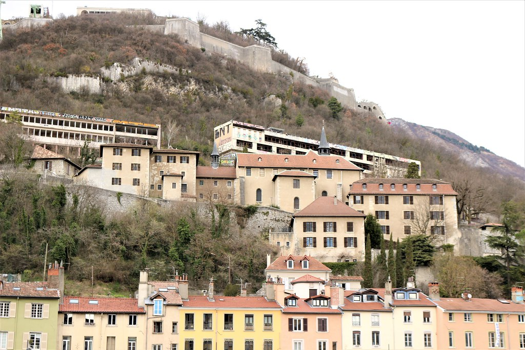 Hotels Near Albert France