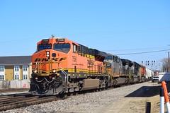 BNSF 7556 + KCSM 4501 + NS 1060 + BNSF 4747 North