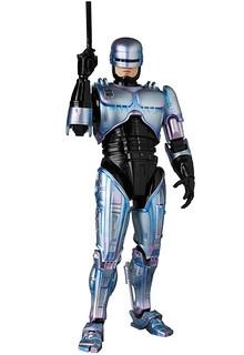 可別把他分屍了啊~~ MAFEX《機器戰警2》機器戰警 マフェックス ROBOCOP 2  1/12 比例人偶作品