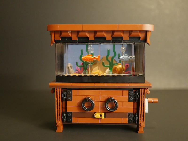 Lego Clockwork Aquarium