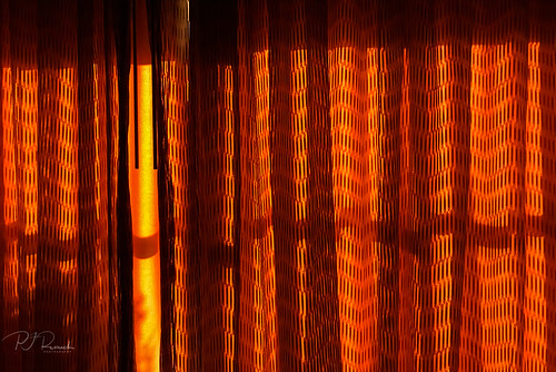 pjresnick perryjresnick pjresnickgmailcom pjresnickphotographygmailcom ©2018pjresnick ©pjresnick contrast digital iphone appleiphone phonecamera minimal simple minimalism phoneography resnick noir drama lighting indoors design pattern shadows shadow orange yellow light curtains sunrise morning material santafe